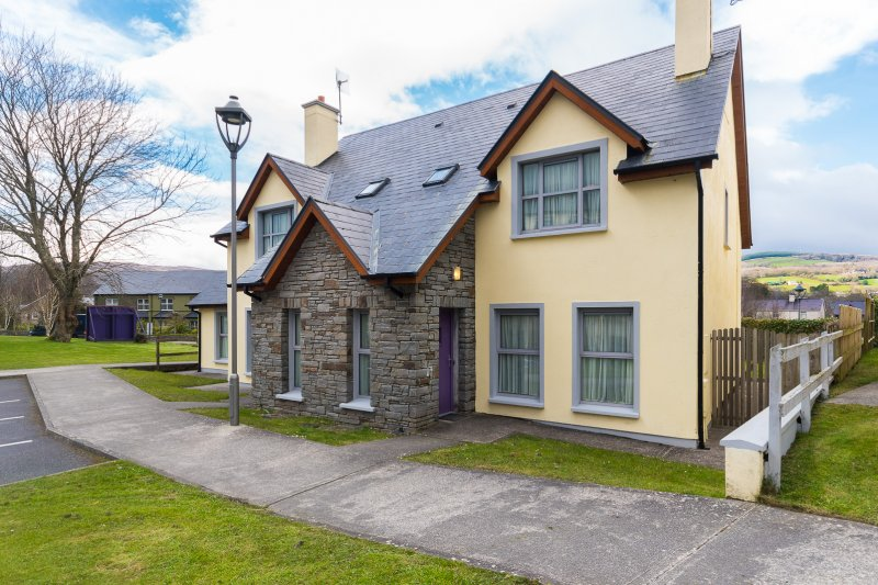 Kenmare Holiday Residences 3 Bed At Bay Hotel Co Kerry
