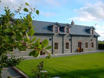 Drumeenagh Cottages