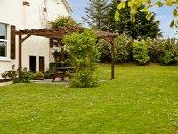 Private landscaped gardens